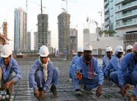 تسليط الضوء على قطر: حقوق العمال و تواطؤ الشركات