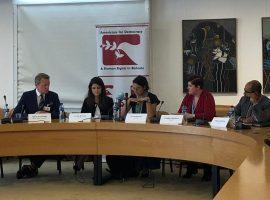 """منظمتا ADHRB و BIRD تسلطان الضوء على تقرير """"كسر الصمت السجينات السياسيات يفضحن الإنتهاكات في البحرين"""