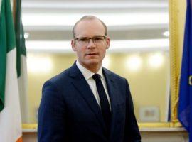 وزير الخارجية الإيرلندي سايمون كوفيني خلال سؤال برلماني يثير مخاوف إيرلندا حول عمليات الإعدام الأخيرة في البحرين