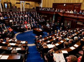 أعضاء من البرلماني الإيرلندي يتطرقون إلى أوضاع السجناء السياسيين في البحرين ضمن أسئلة موجهة الى وزير الخارجية
