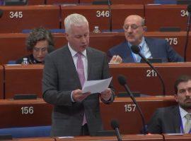 نائب في البرلمان الإيرلندي يسأل وزير الخارجية سايمون كوفيني عن موقف إيرلندا حول انتهاكات حقوق الإنسان في البحرين خلال الدورة المقبلة لمجلس حقوق الإنسان
