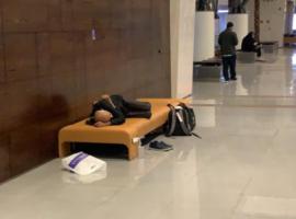 من مشهد إلى مسقط ثم الدوحة.. البحرين تفشل مجدداً في احتواء مواطنيها سريعاً وتعرقل إعادتهم إلى وطنهم